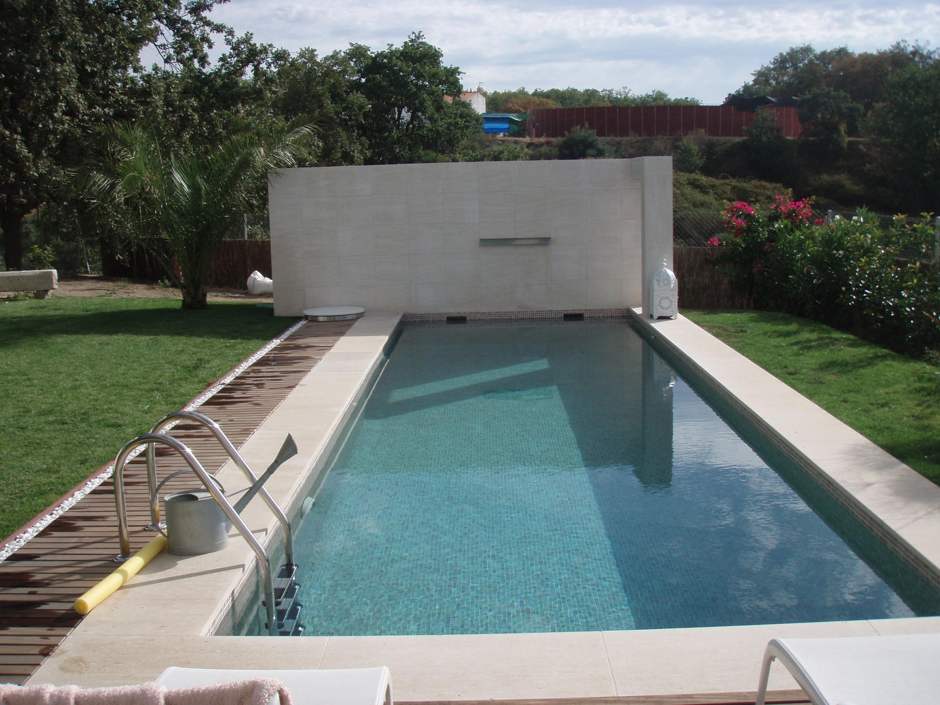 torremenga gunitex piscinas